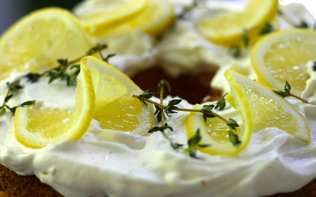 Different Kinds of Lemon Garnishes
